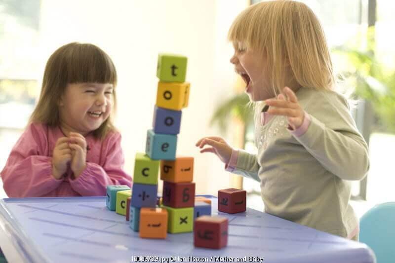 tahapan perkembangan anak