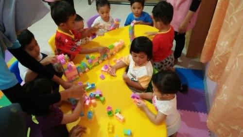indoor-activity-lego-time-5